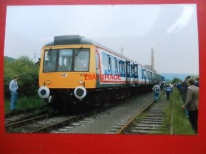 PHOTO  BR 2 CAR DMU NO L404 amp 542890 AT CHINNOR 11688 - <span itemprop=availableAtOrFrom>Tadley, United Kingdom</span> - Full Refund less postage if not 100% satified Most purchases from business sellers are protected by the Consumer Contract Regulations 2013 which give you the right to cancel the purchase w - Tadley, United Kingdom