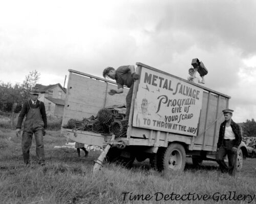 "1942 Scrap Rubber Drive Old Photo 8.5/"" x 11/"" Reprint"
