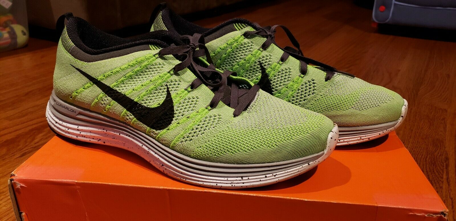 Nike Flyknit One Electric Green Size 9.5