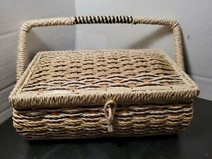 Vintage-Sewing-Basket-Woven-Wicker-Satin-Fabric-Padded-Top-amp-Lining-Japan