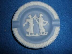 SMALL-JASPER-LOOK-ASHTRAY-BLUE-AND-WHITE-MINIATURE