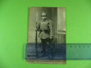 Foto-Portrait-junger-Sturmsoldat-Pickelhaube-Bajonett-Gewehr-1-Weltkrieg-Soldat