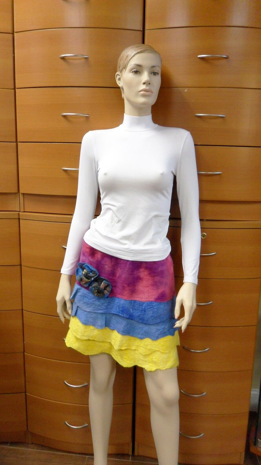 PARTY SKIRT SHORT FELTED WOOL HANDMADE IN EUROPE COLORFUL UNIQUE ARTSY US 8 M