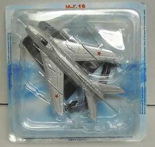 MiG-19, Fertigmodell aus Metall, Legendäre Flugzeuge,De Agostini, NEU