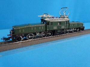 Marklin-3015-SBB-CFF-Electric-Locomotive-Br-CE-6-8-Krokodil-Green-AS-NEW