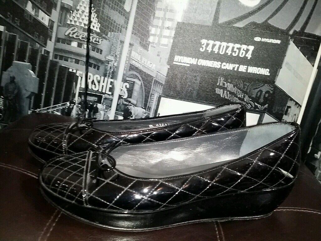STUART WEITZMAN Black Patent Leather  Quilted Slip On Bow Wedge Heel Sz 8