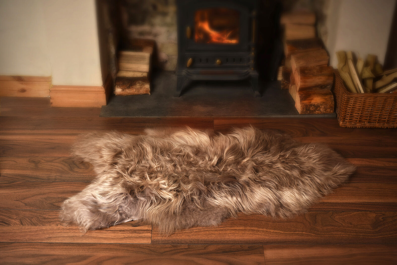 Super Soft Silky Feel Long Wool Icelandic Sheepskin Rugs in Taupe - Größe Single