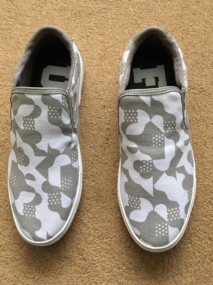 French Connection Men's Caliso Gore White & Grey Slip-On shoes, UK7, EU41,