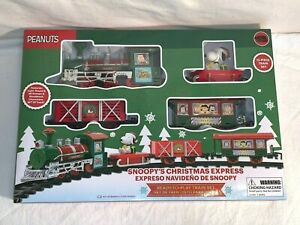 PEANUTS-SNOOPY-Christmas-EXPRESS-Train-Set-12-piece-set-NEW-IN-BOX