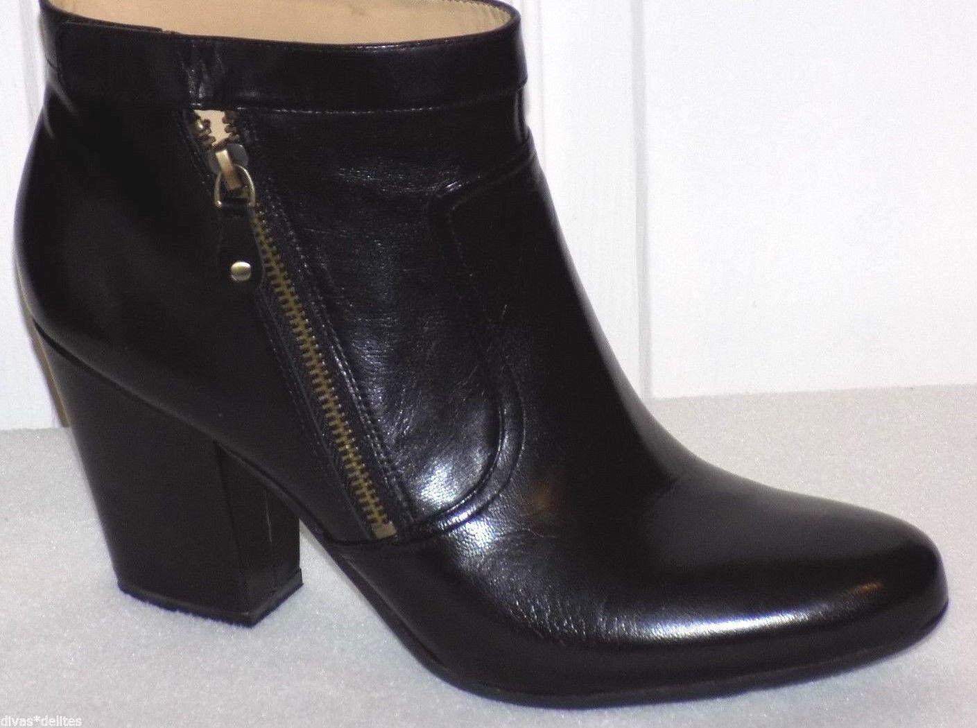 Easy Spirit Niven Ankle Boots   Color: Black  Size: US/10