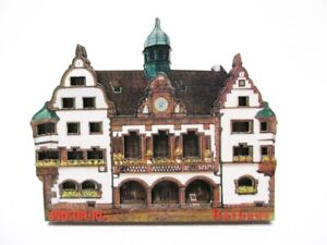 Freiburg-Rathaus-Souvenir-Deluxe-Holz-Magnet-Germany-Neu