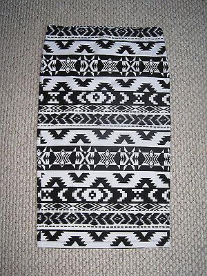 9338378f68 NWT EXPRESS BLACK WHITE AZTEC TRIBAL GEOMETRIC PRINT STRETCH MIDI PENCIL  SKIRT