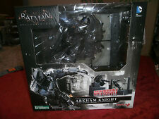 BATMAN  ARKHAM  KNIGHT ARTFX STATUE 1/10 SCALE PRE PAINTED MODEL KIT KOTOBUKIYA
