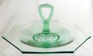 Octagon-Center-Handle-Tray-Sandwich-Plate-Green-Elegant-Glass-US-Glass-Vintage