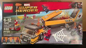 LEGO-SET-76067-MARVEL-SUPER-HEROES-TANKER-TRUCK-TAKEDOWN