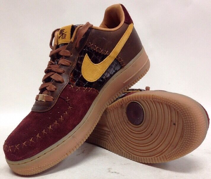 Size 11 Men's Nike Air Force 1 VIP