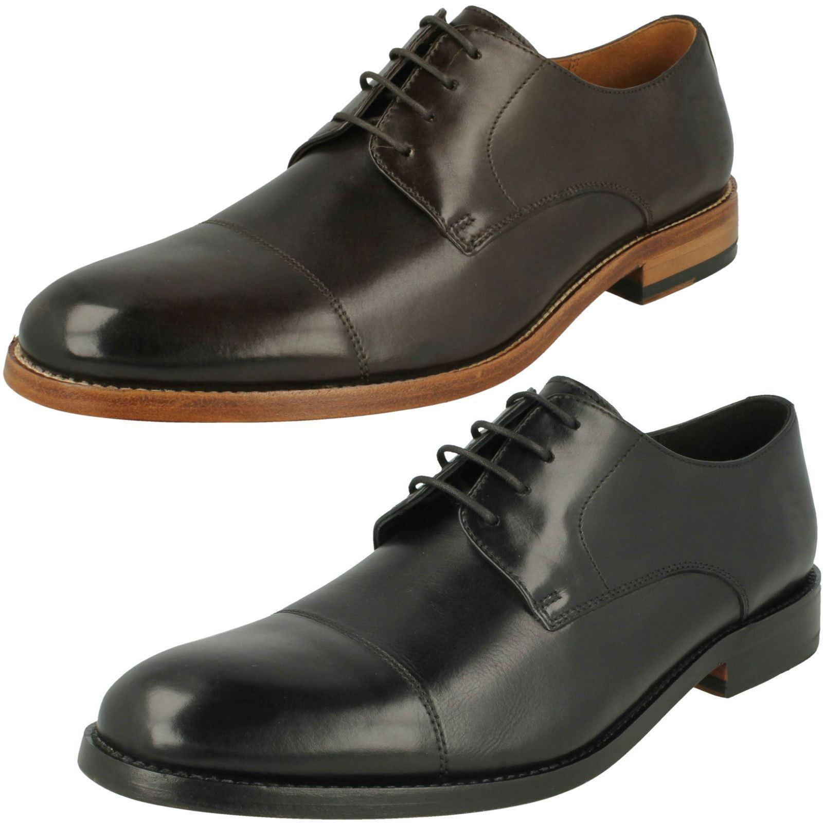 Mens Clarks Stylish Lace-Up shoes James Cap