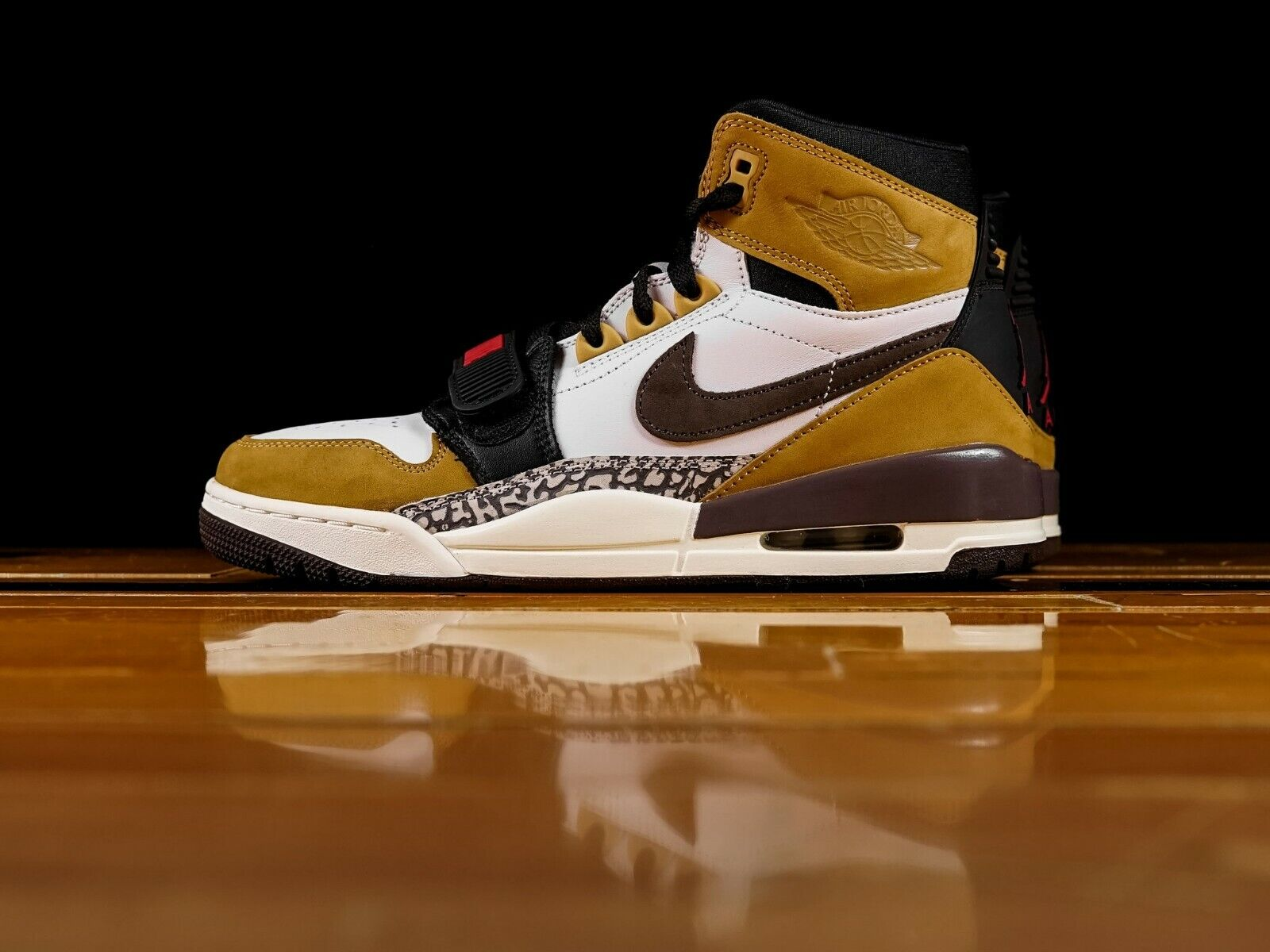 Air Jordan Legacy 312 Rookie Of The Year White Brown Wheat Red AV3922-102 NEW