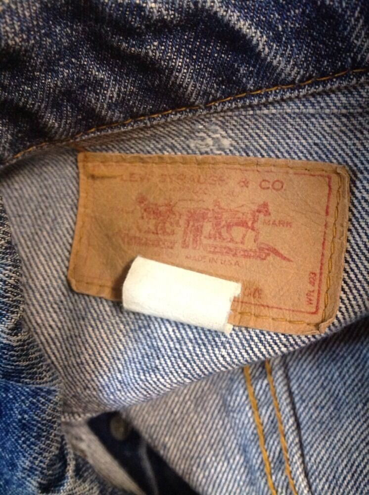 VINTAGE LEVIS JEAN Jacket Denim TRUCKER Made In U… - image 9