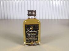 Mignonnette mini bottle non ouverte whisky ballantine's 12 ans d'ages