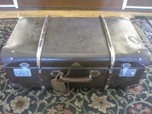 Grunher Koffer Antique or Vintage Luggage Suitcase Large - 25
