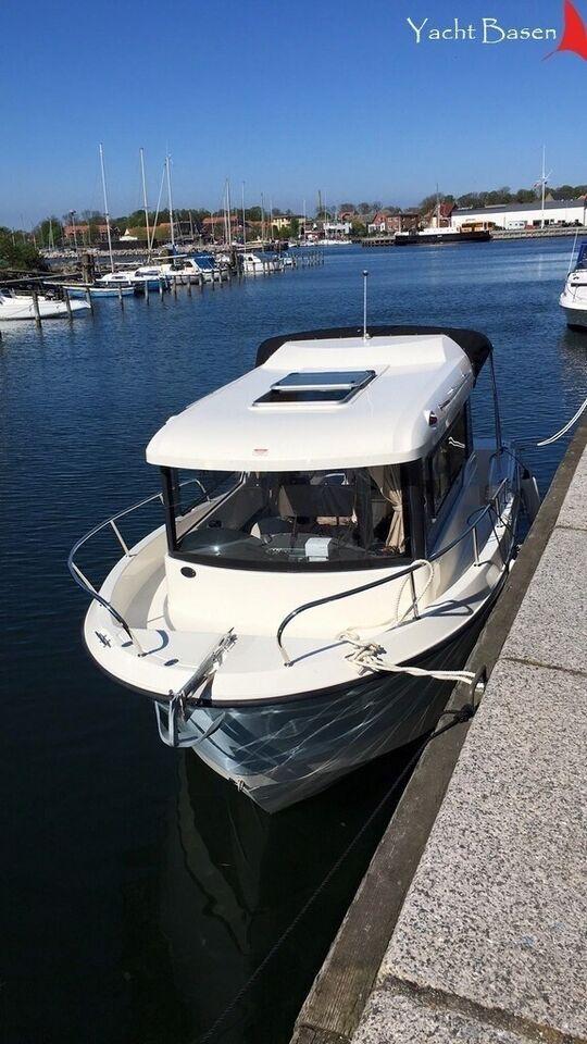 Quicksilver 675 Pilothouse, Motorbåd, årg. 2015