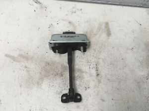 Discovery-3-4-Range-Rover-Sport-Left-Hand-Front-Door-Check-Strap-Stop-BDH780060