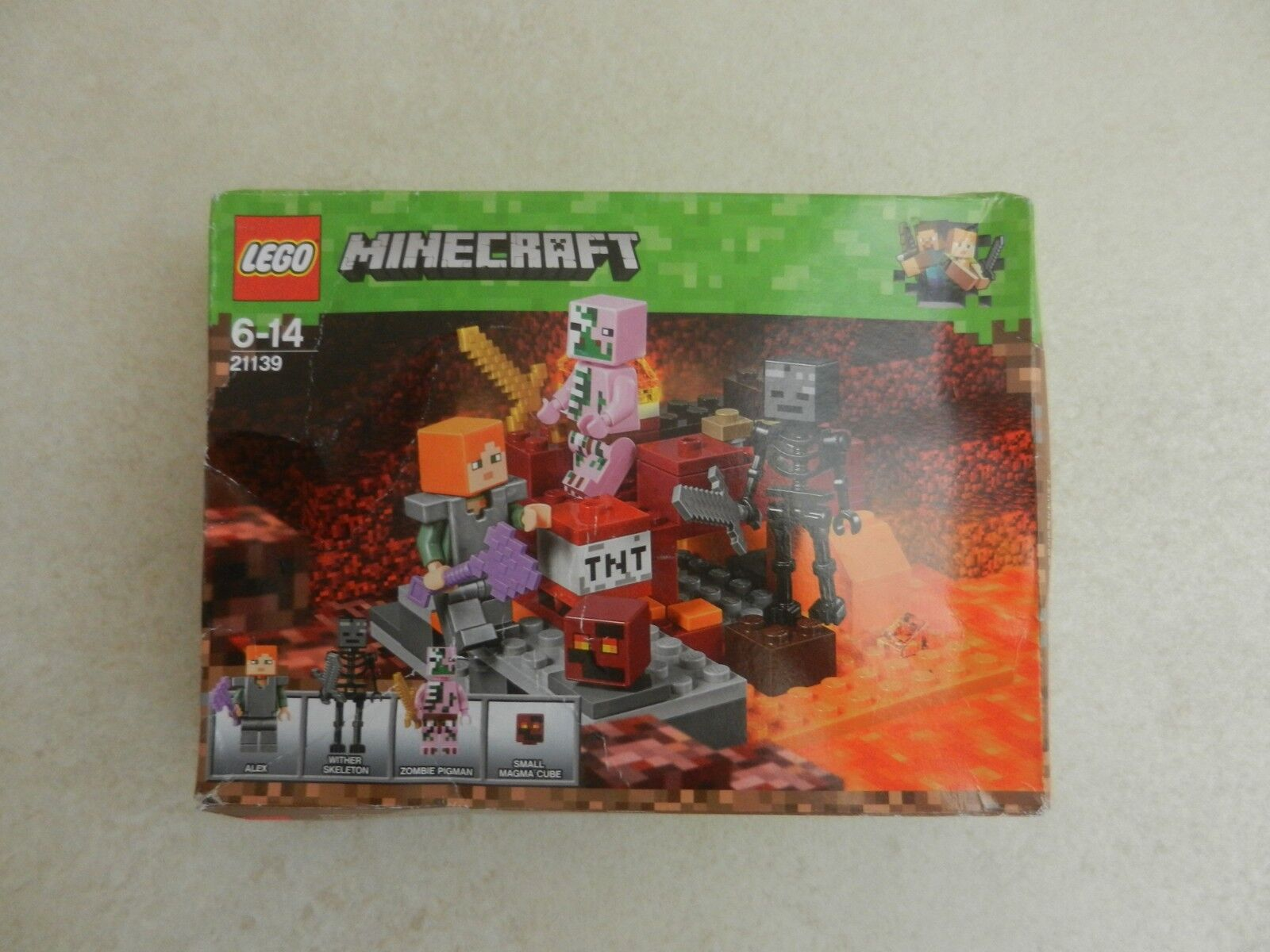 BNIB Lego 21139 Minecraft The Nether Fight Construction Skeleton Zombie Pig Man