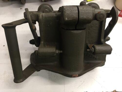 G508-G102-G147-G136  Bolts Roller  Trolet  NOS G067
