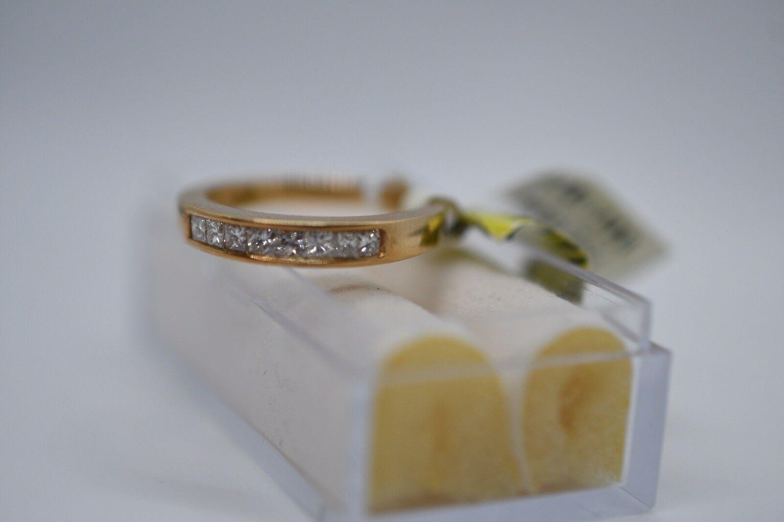NEW Women 14K Yellow gold Diamond Ring. Size 7.00... 0.57cts
