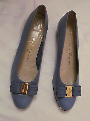 SALVATORE FERRAGAMO BOUTIQUE lilac periwinkle blue front bow shoes 10 AA