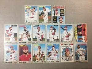 2019-Topps-Heritage-Los-Angeles-Angels-Team-Base-set-15