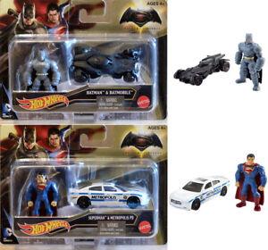Batman v superman Batmobile Metropolis 2 voiture miniature + personnages vs 1:64 Hot wheels  </span>