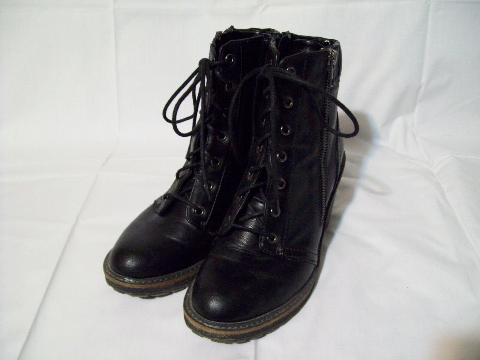 White Mountain Women's Frontier Black Boots Lace Up Zipper Size 7.5M
