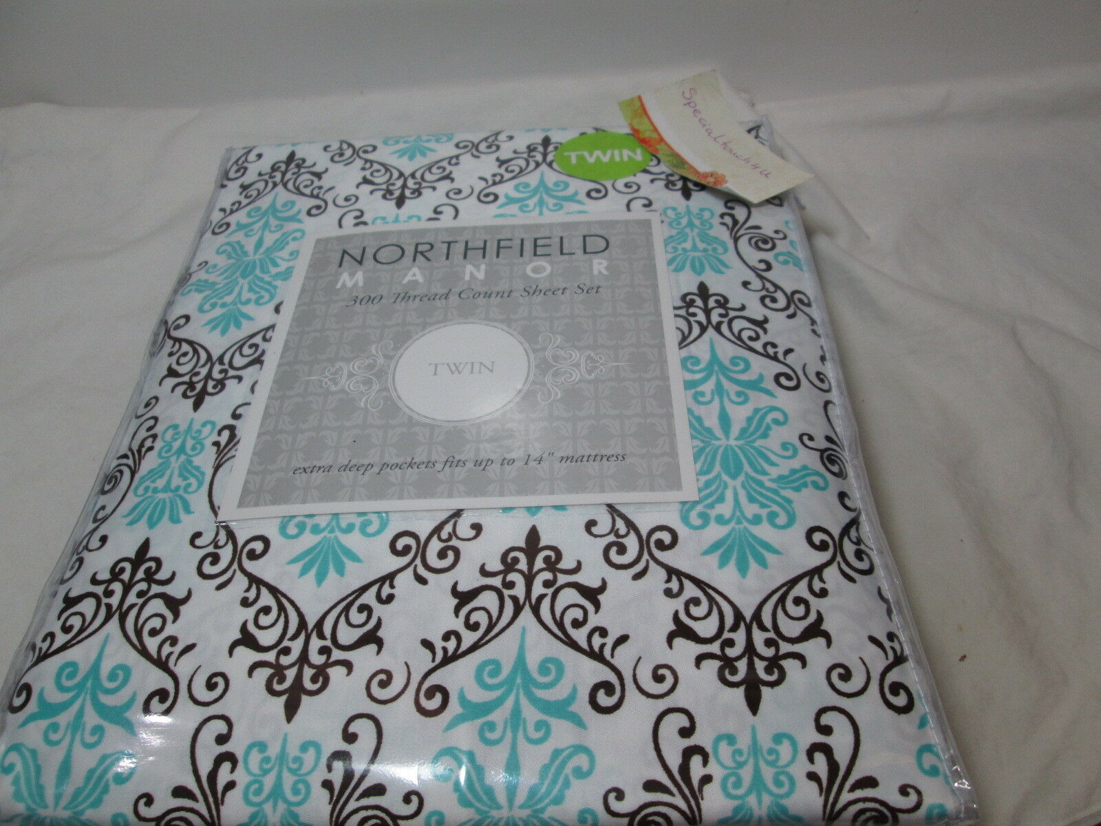 New Northfield Manor DENISE Twin Sheet Set - Aqua and Chocolate Medallion Scroll