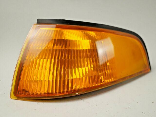 1993 - 1996 FORD ESCORT PARK LAMP TURN SIGNAL LIGHT FRONT LEFT F3CB13A271AA OEM