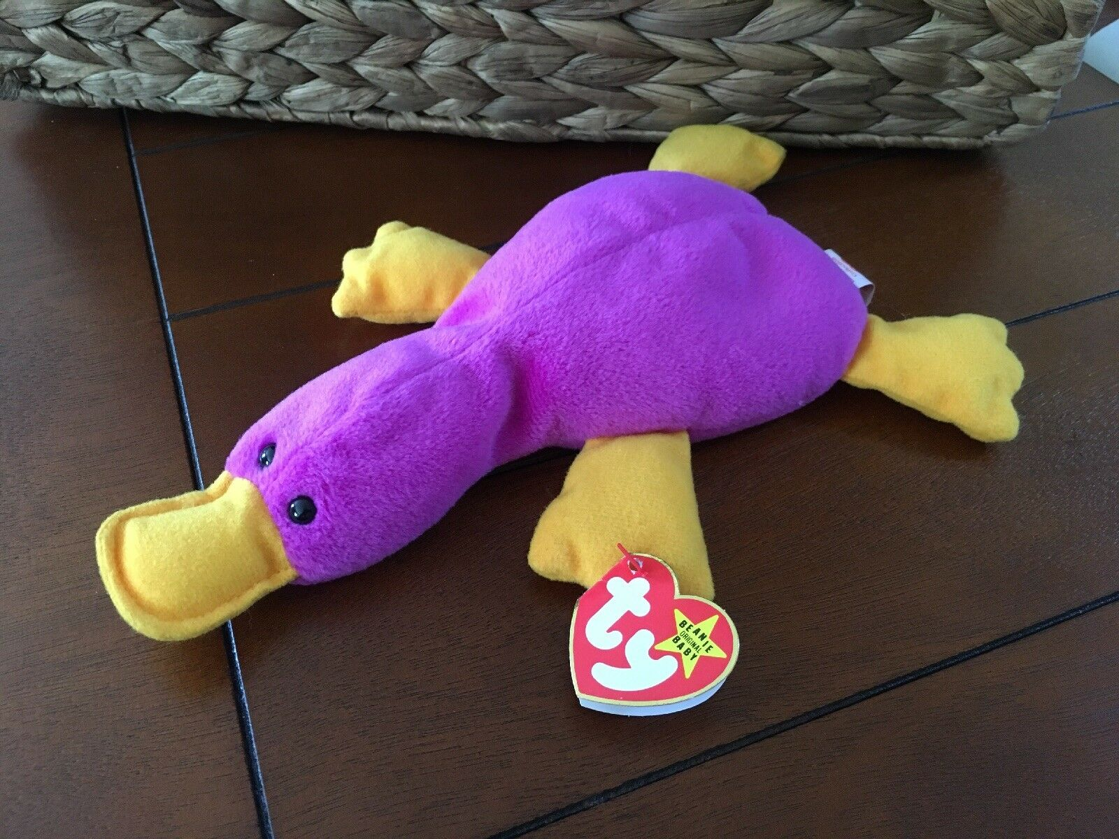 TY RETIRED 1993 Patti The Platypus Beanie Baby - Purple with gold feet