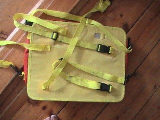 Andet legetøj, Taske til papir mm (til bil).
