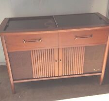 Magnavox Micromatic Vintage Stereo Console Record Player