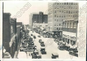 1940-Amarillo-TX-View-of-Polk-Street-as-Winter-Storm-Isolated-City-Press-Photo
