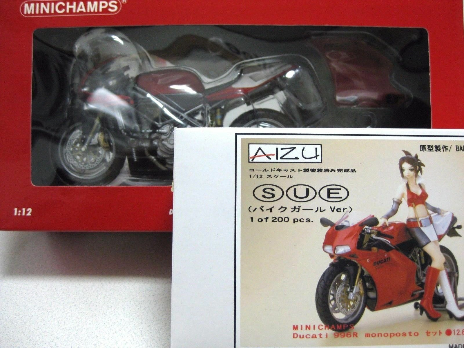 MINICHAMPS DUCATI 996R Bike Girl 1/12 Figure Set Coldcast Painted F/S Japan Nuovo