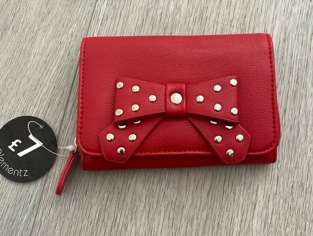 Perfect Small Red Purse With Studded Silver Bow - Great Stocking Filler