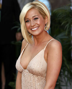 Sexy pictures of kellie pickler