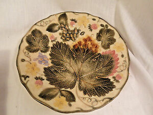 Vintage-Wedgwood-Majolica-Plate-Strawberry-Leaf-Design-AS-IS-Victorian