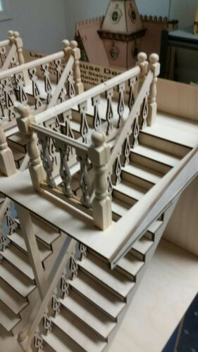Bedford 1:12 Victorian Narrow Straight Staircase with Landing Rails