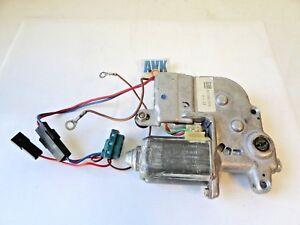 Schiebedachmotor-90196075-0130821808-Opel-Frontera-Senator-B-Vectra-A-Omega-A