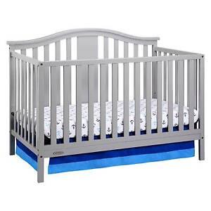 Graco 174 Solano 4 In 1 Convertible Crib With Bonus Mattress