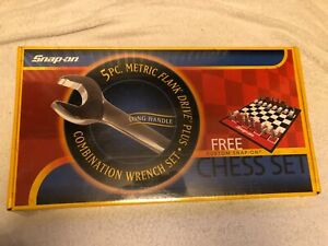 SNAP ON SPECIAL EDITION 5PC FLANK DRIVE SPANNER COMBINATION SET WITH CHESS SET