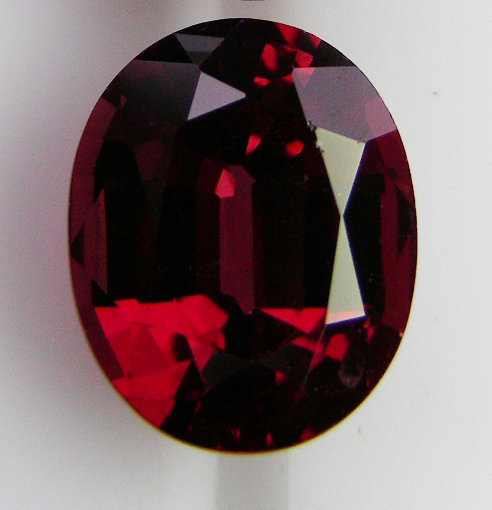 NATURAL 3.54ct   ALMANDINE GARNET EXPERTLY FACETED IN GERMANY +CERT AVAILABLE