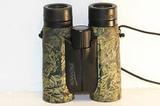 NIKON   8 x 42       BINOCULARS    great view....  green lens